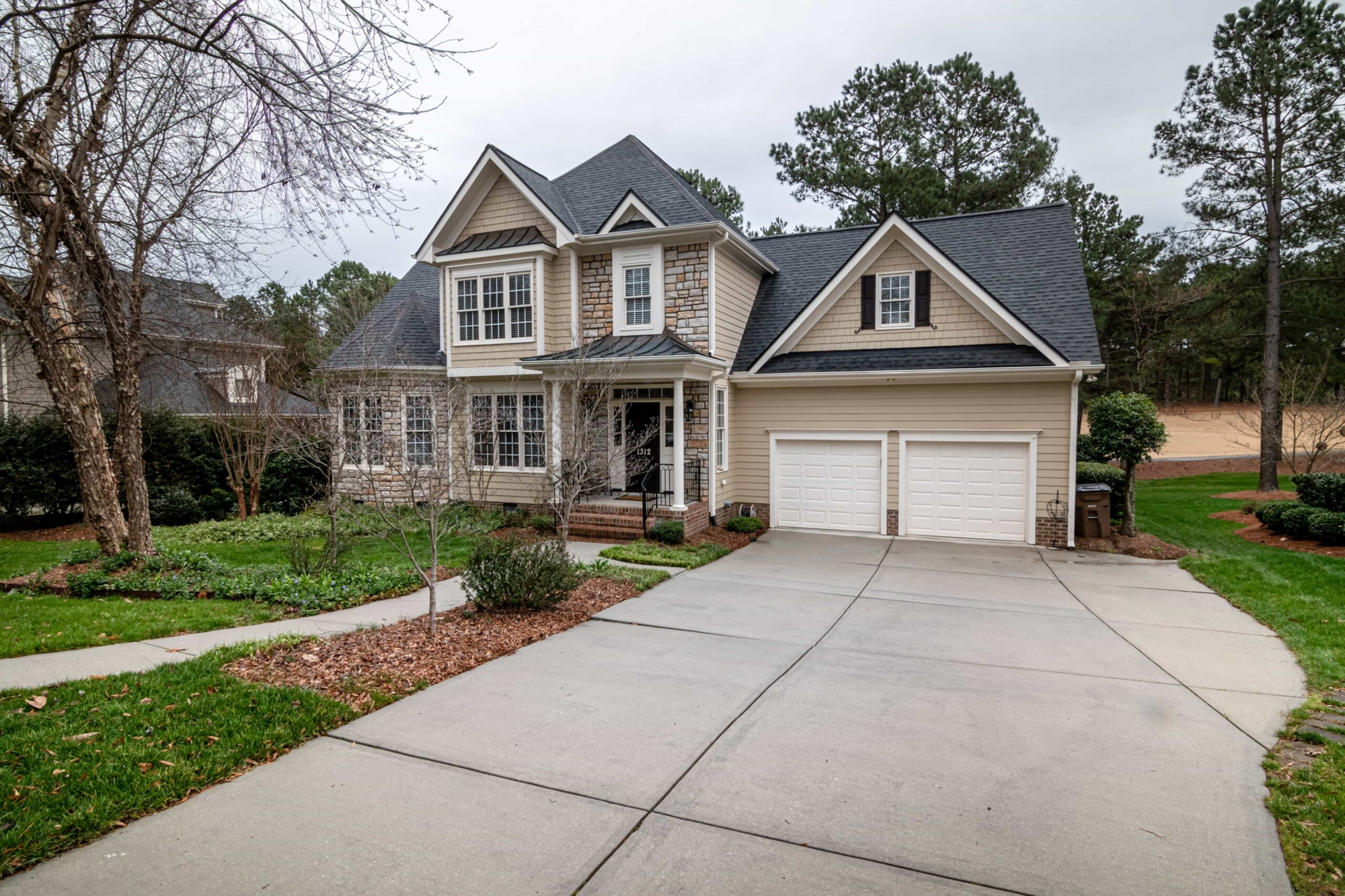 driveway cleaning cost