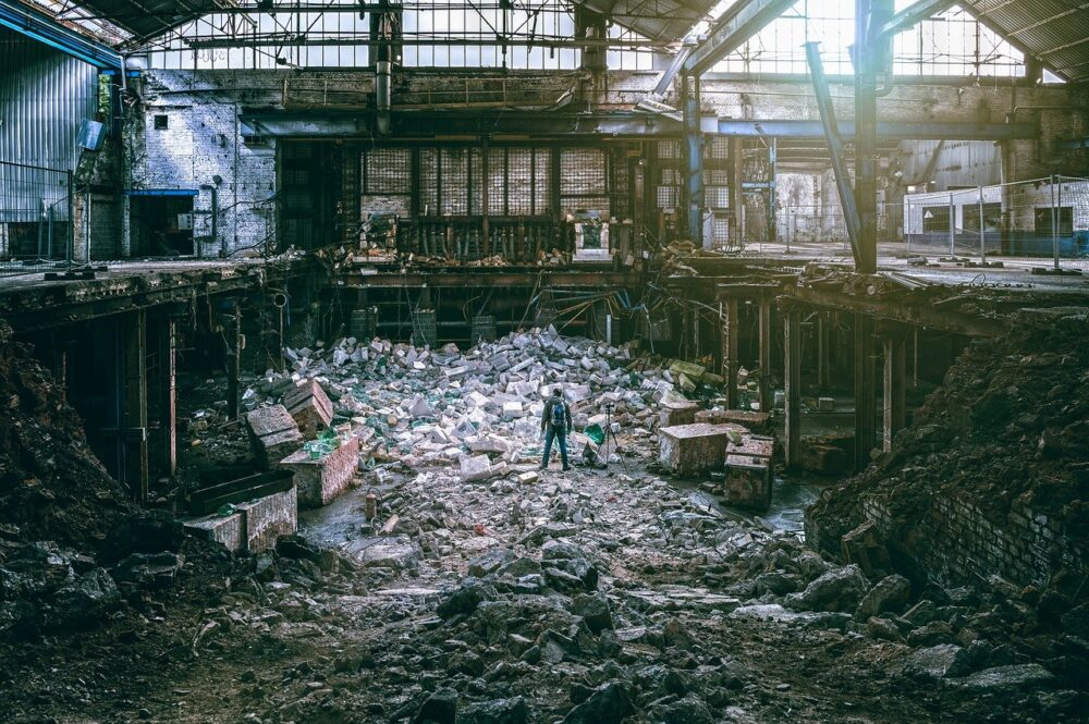 demolition costs for commercial buildings uk