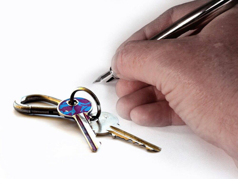 hand, key, house keys
