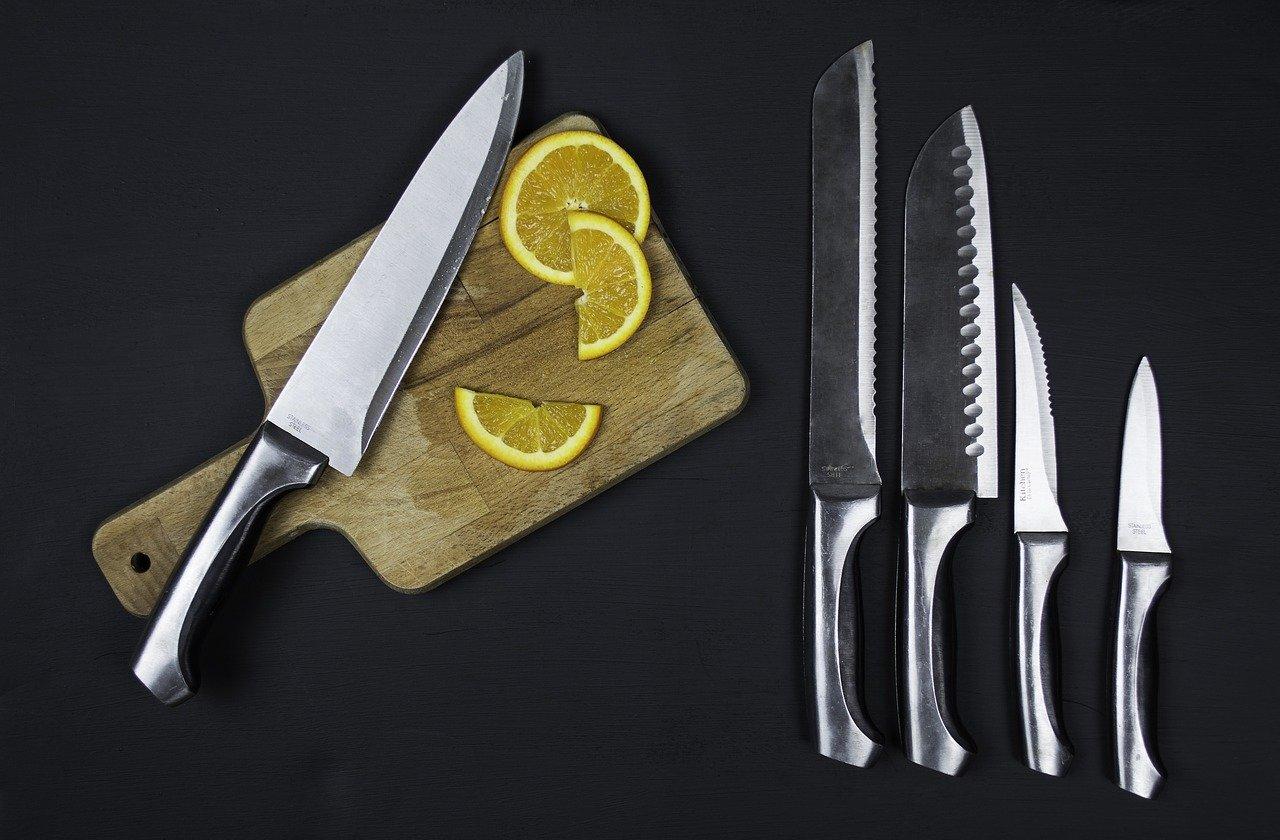 knives, set, chopping board-1839061.jpg